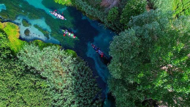 fiume tirino giro canoa
