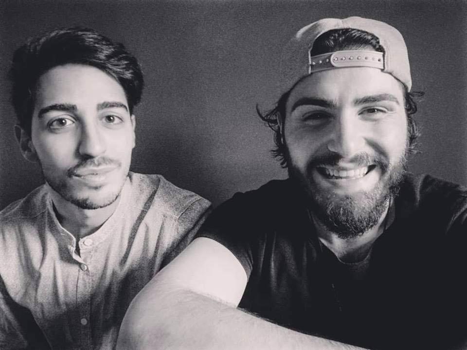 Le Radici sorriso bianco nero