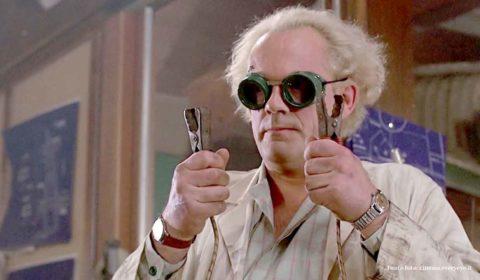 professore matto di ritorno futuro christopher lloyd torna panni dottor emmett doc brown